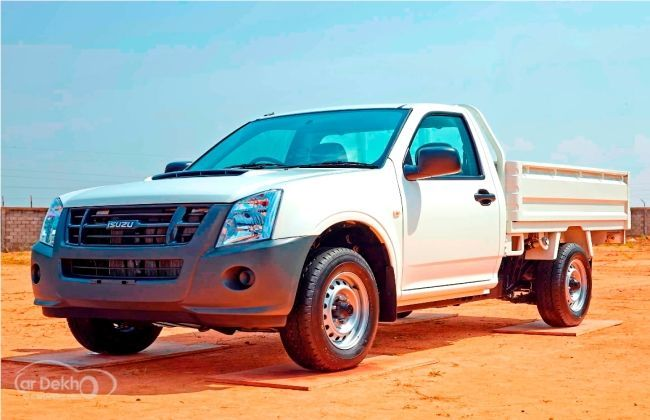 Isuzu D-Max pick-up trucks launched in Chennai at Rs 5 99