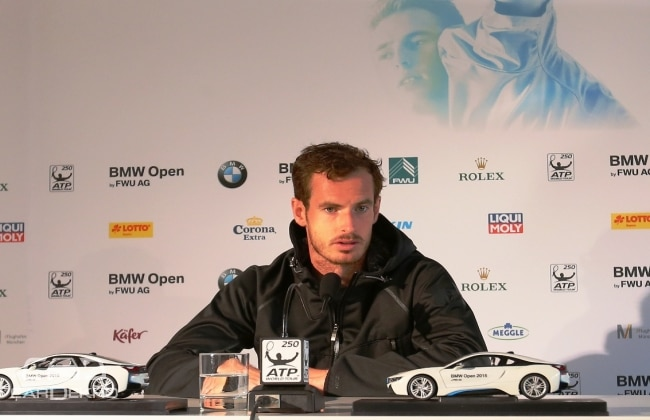 Andy Murray wins a BMW i8
