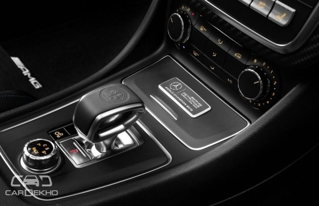 Mercedes-AMG A45 Petronas 2015 World Champion Edition (Interior)
