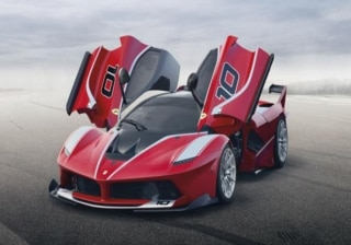 Ferrari Reveals FXX K; Musters an Output of 1035bhp