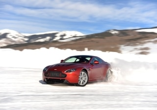 Aston Martin sets exclusive ice drive event