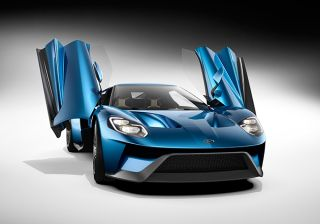 Ford to Showcase Focus RS and GT at 2015 Geneva Motor Show