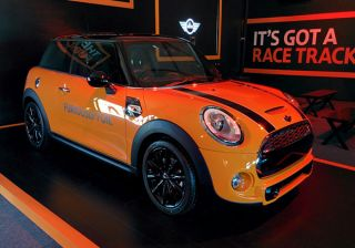 Mini India Launches Cooper S at Rs 34.65 lac