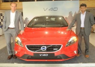 Volvo V40 Hatchback Launched in India at INR 24.75 lacs