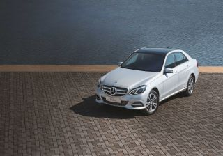 Mercedes-Benz introduces the new MY16 E-Class starting at Rs. 48.50 Lacs