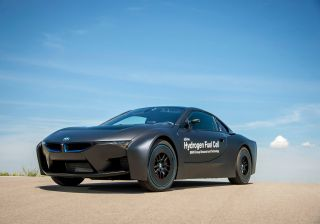 BMW Unveils Hydrogen Fuel-Cell Prototype of i8