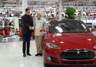 Modi Visits Tesla Motors