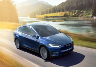 Tesla Launches Model X: Price Starts at $132,000 (Rs. 86,48,000 approx)
