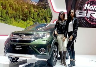 Honda BR-V showcased in Misty Green Pearl Colour Scheme
