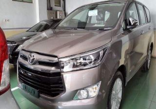 2016 Toyota Innova Detailed in Video