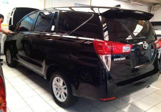 Toyota Innova Detailed Images Spied