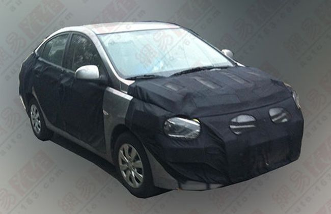 Hyundai Verna Facelift Spotted in China; India launch likely in 2014