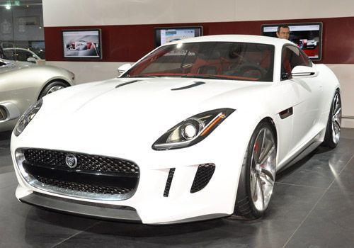 Jaguar Coupe to make a debut at the Los Angeles Auto Show