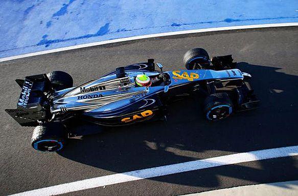 Honda powered McLaren F1 car breaks cover at Silverstone