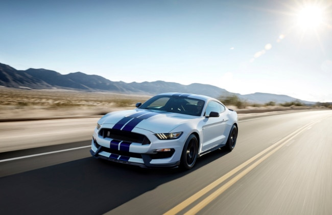Ford Shelby GT350 Mustang Revealed - The Legend Returns'