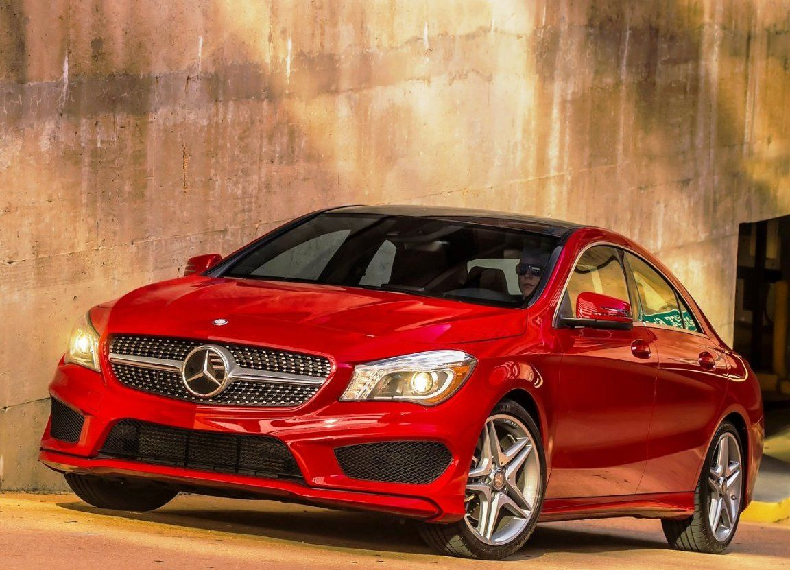 Mercedes benz posts 12 8 growth thanks to compact cars for Mercedes benz compact car