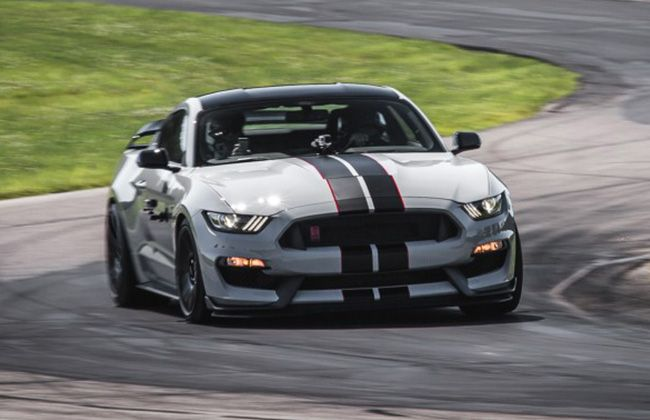 Pricing out for 2016 Ford Mustang GT350 and GT350R | CarDekho.com