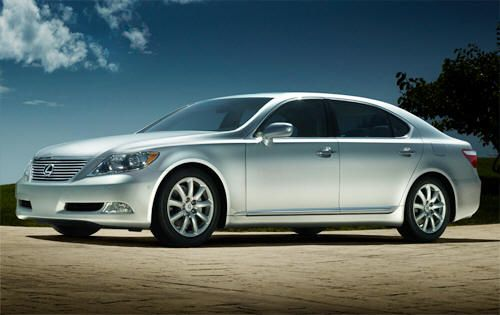 2013 Lexus LS Sedan, a view