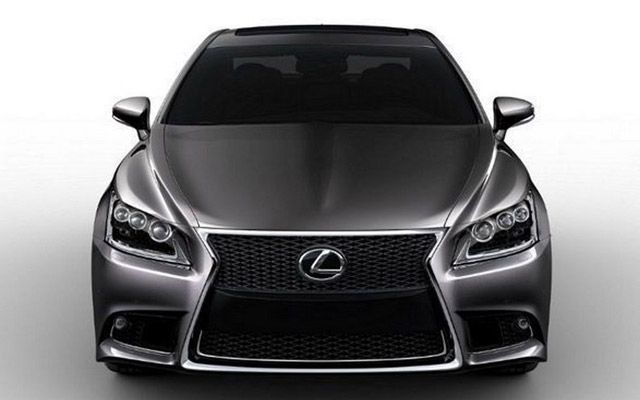 Lexus LS Sedan Pictures Before its Unveiling