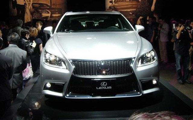 2013 Lexus LS and F Sport Unveil; Video from the Event