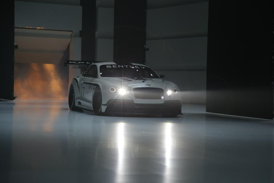 Bentley Continental GT3 Race Car Unveiled at 2012 Paris Motor Show