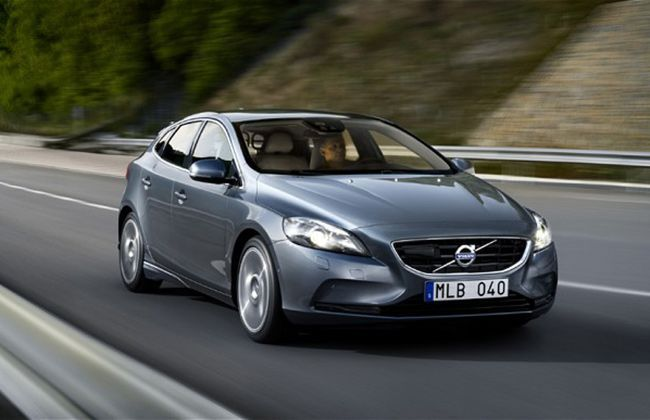Volvo V40 Crossover Launch Slated in March 2013