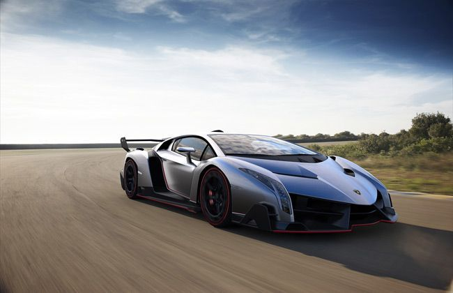 Lamborghini unveils Veneno at the Geneva Motor Show
