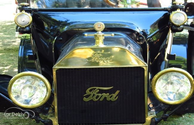 Model T with Ford Logo