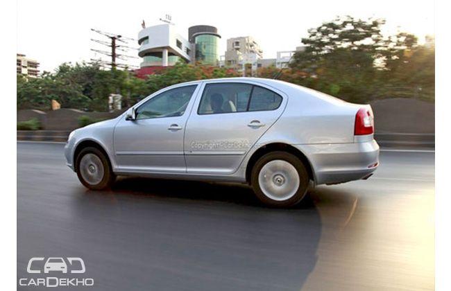 Skoda Laura Petrol Automatic Price, Specs, Review, Pics ...
