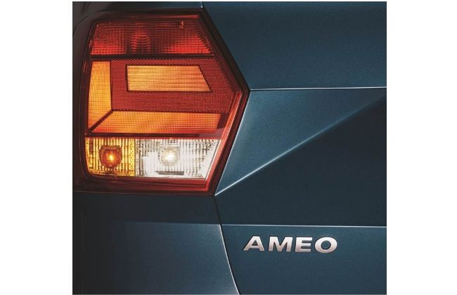 Volkswagen Ameo (Taillight Cluster)