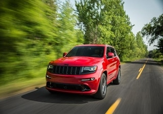 Paris Motor Show: Jeep Grand Cherokee SRT Red Vapor special edition revealed