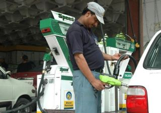 How to Avoid Getting Cheated at the Petrol Pumps?