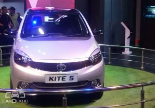 Tata Kite 5 Compact Sedan Showcased at the 2016 Indian Auto Expo