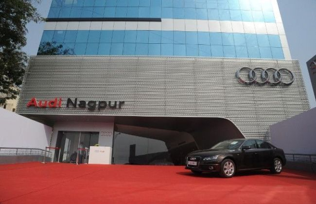 Audi India Opens New Showroom In Nagpur Cardekho Com
