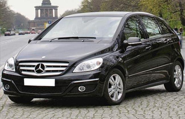 Mercedes Benz B Class Vs Bmw X1 And Audi Q3 Cardekho Com