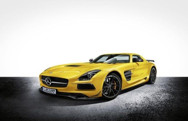 New mercedes benz sls amg black series revealed for Mercedes benz driving school los angeles