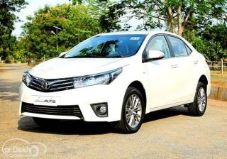 new-2014-toyota-corolla-altis-first-drive
